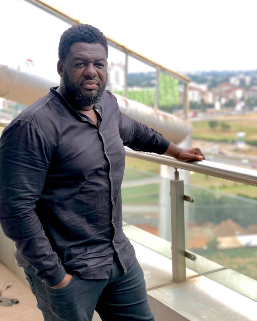 Bulldog takes on Stonebwoy for Artist Managers Certificate comments