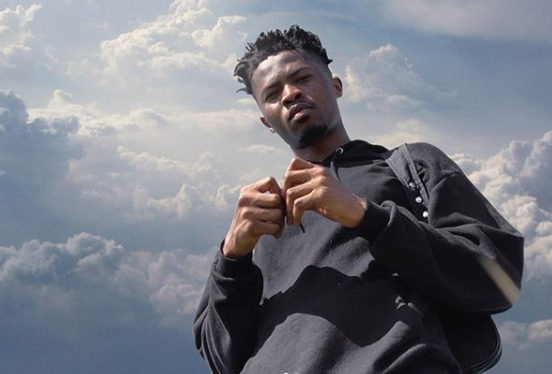 Kwesi Arthur turns on 'the lights' in new video – Watch