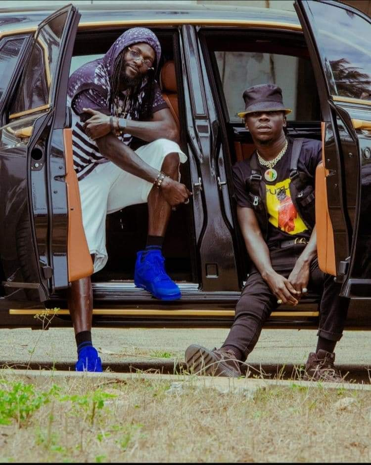 Stonebwoy releases colorful visuals for Putuu freestyle - WATCH