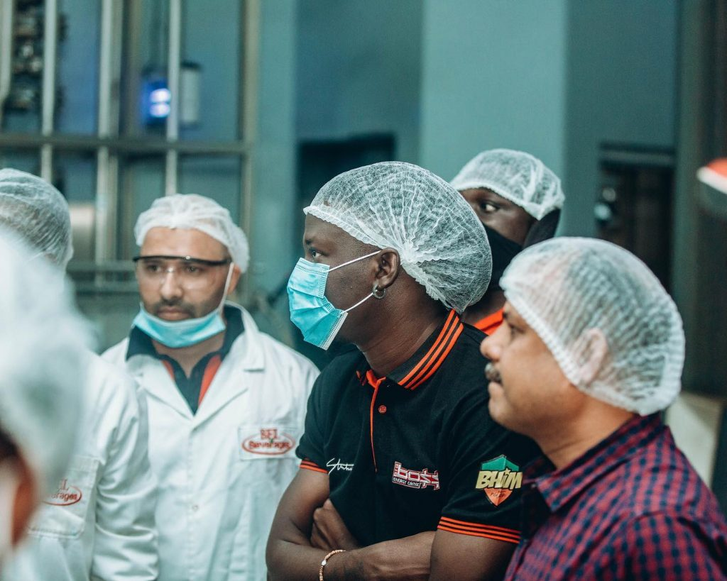 Stonebwoy tours Big Boss energy drink factory; trooped in Ashaiman to do giveaways