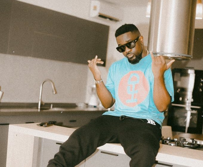 Sarkodie shares how to get a quick verse from him