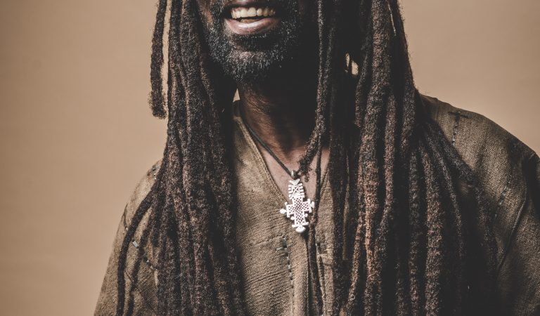 "Rocky Dawuni drops new Album ""Beats Of Zion"" this Friday, March 8, features Wiyaala, Sarkodie, Stonebwoy & Alika"