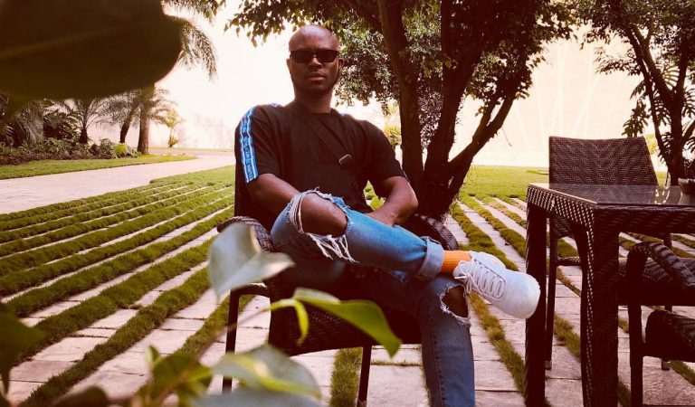 King Promise's 'Crush'  jamming to 'Abena' is so cute